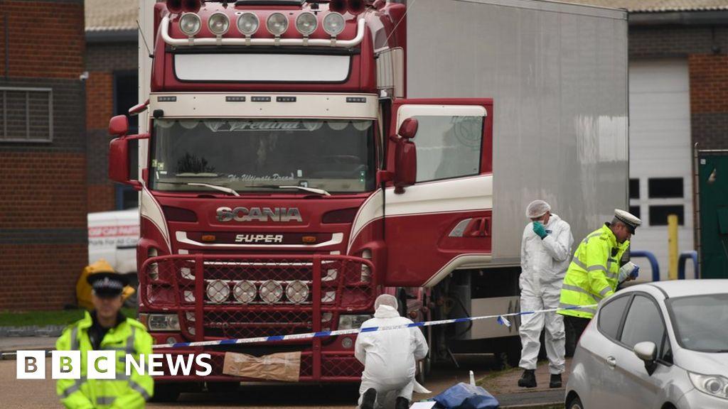 Essex lorry deaths: Earlier bid foiled by tunnel checks