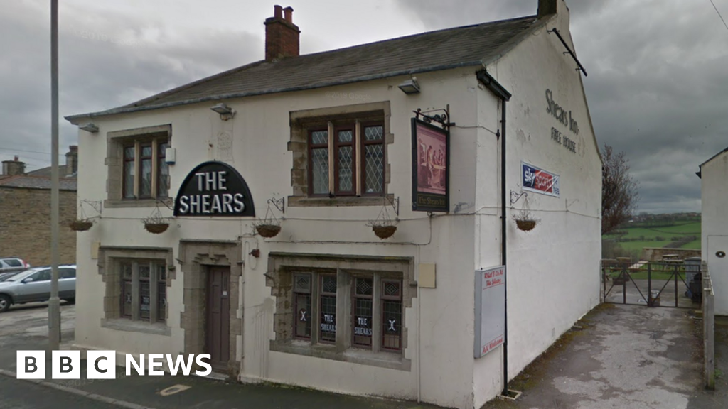 Liversedge Luddite pub The Shears saved from demolition