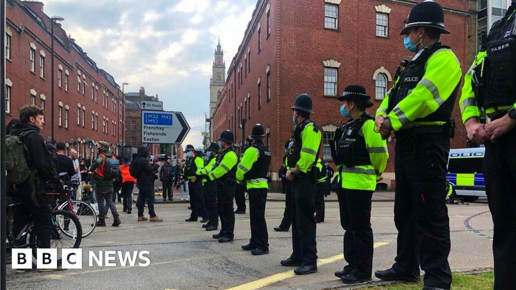 Kill the Bill: Bristol protesters blocked from motorway