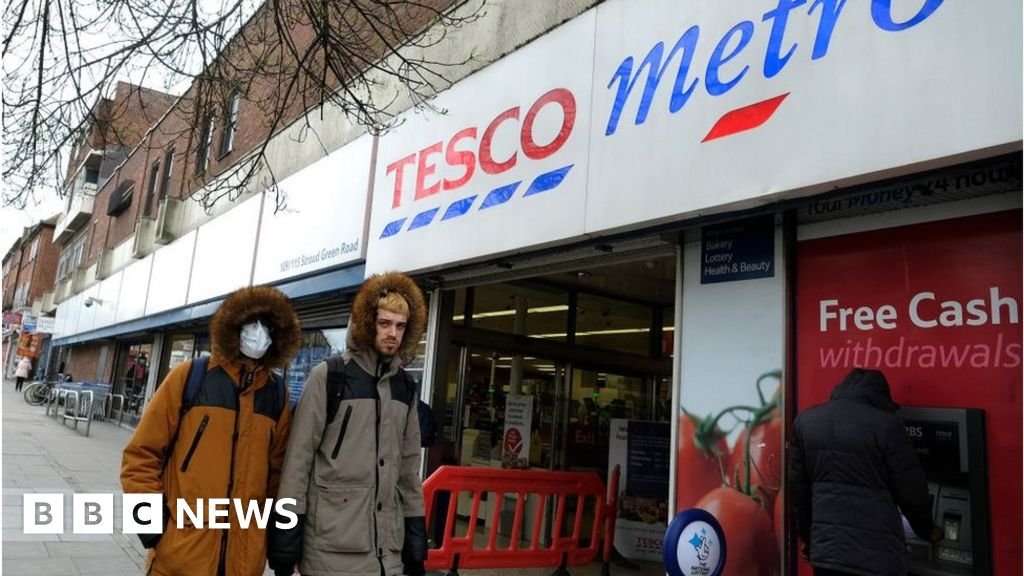 Tesco, Asda and Waitrose ban shoppers without face masks