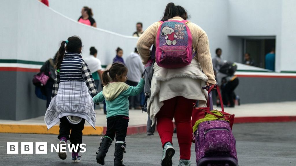 US-Mexico border: Parents of 545 separated children still not found