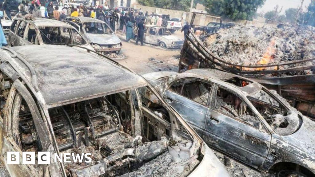 Militants burn to death motorists as they sleep