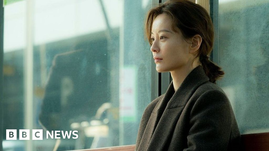 Kim Ji Young Born 1982 Feminist Film Reignites Tensions In South Korea Bbc News
