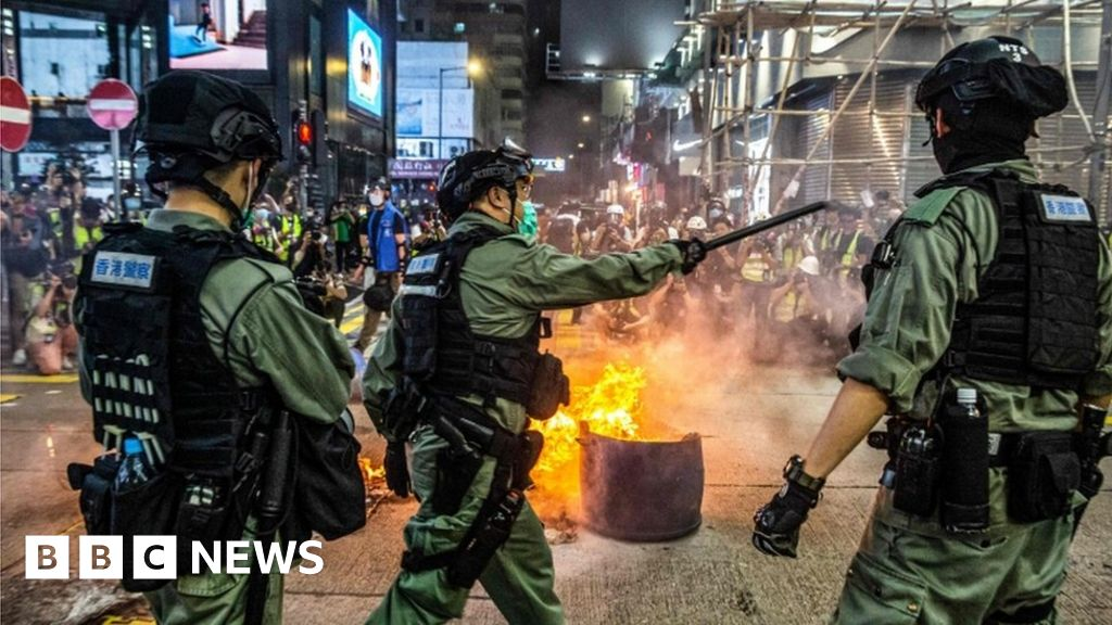 China MPs back controversial HK security move