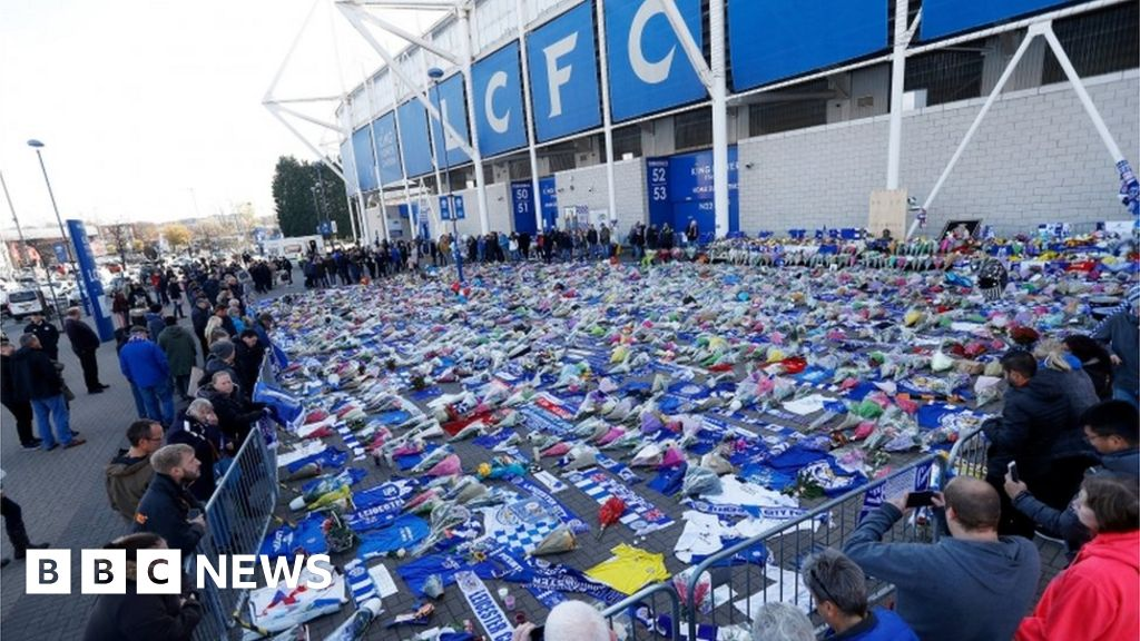 Leicester City marks anniversary of helicopter crash