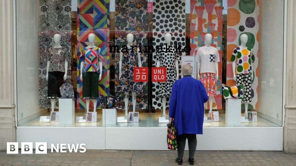 'No splurge' shopper attitude continues in March