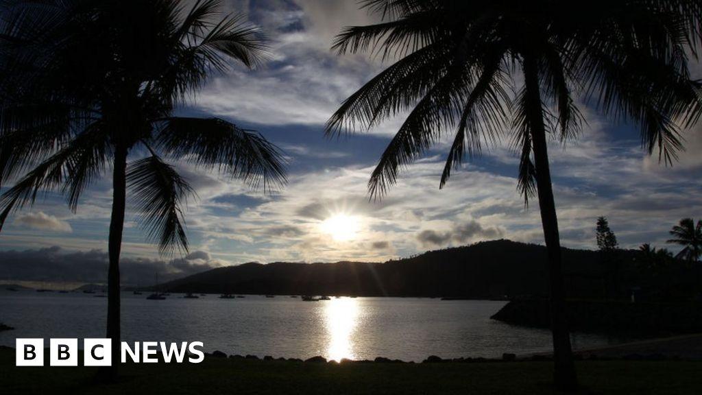 Queensland shark attack: Two men injured at tourist spot thumbnail