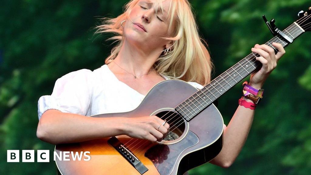"""Laura Marling: """"I was in danger, bored of me"""