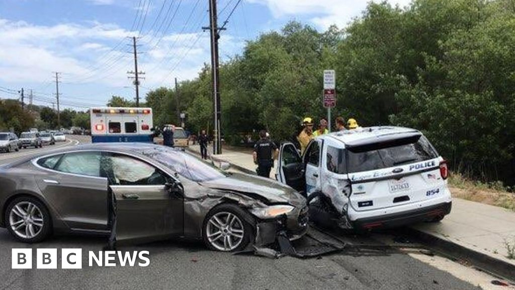 Tesla hit parked police car 'while using Autopilot'