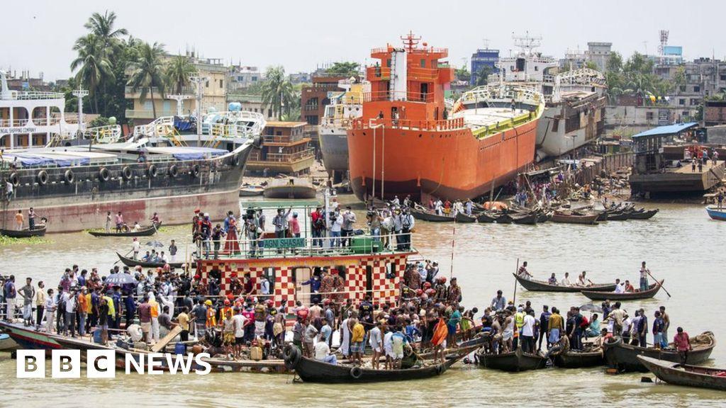 At least 25 dead in Bangladesh ferry crash