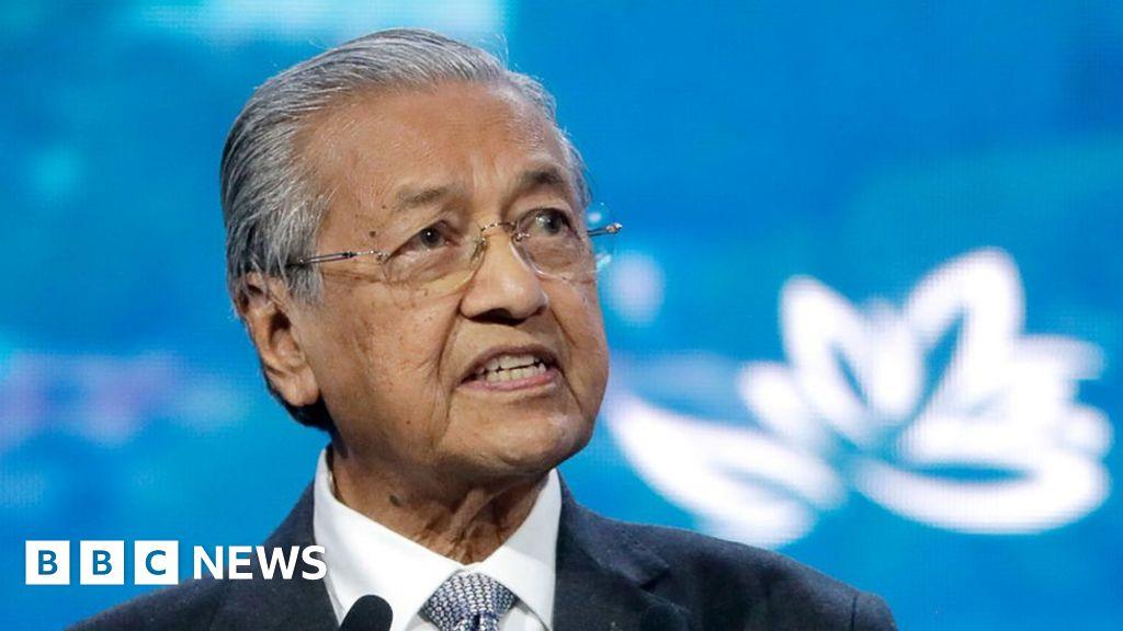 Mahathir Mohamad: The man who dominated Malaysian politics - BBC News