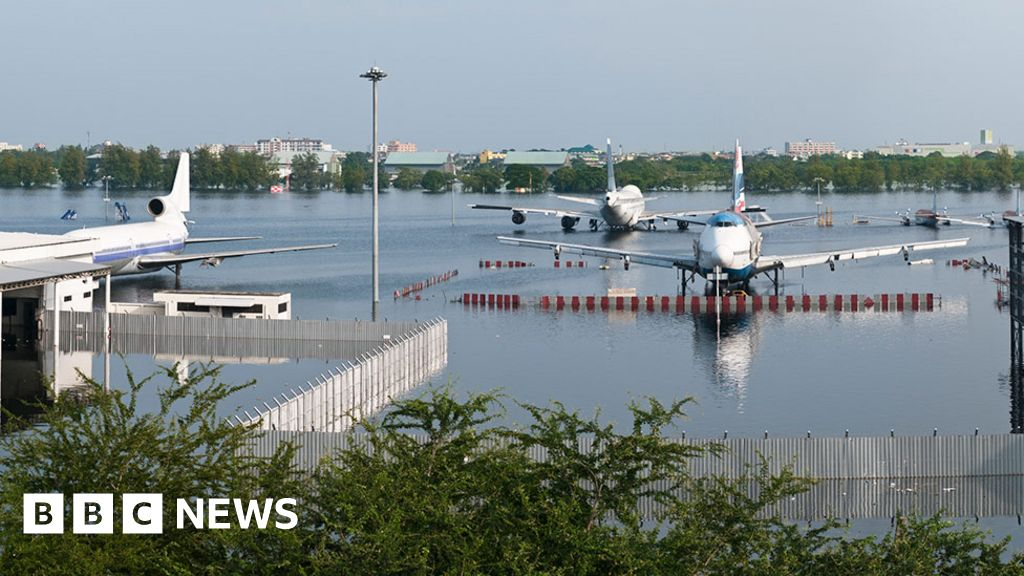 Climate change: Sea level rise to affect  three times more people