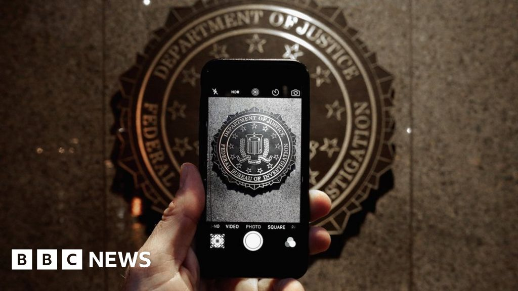iPhone security loophole used by police closed by Apple