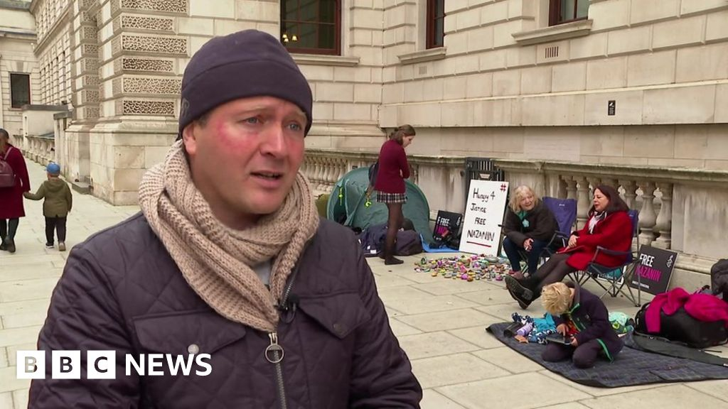 Nazanin Zaghari-Ratcliffe: Husband begins new hunger strike in London