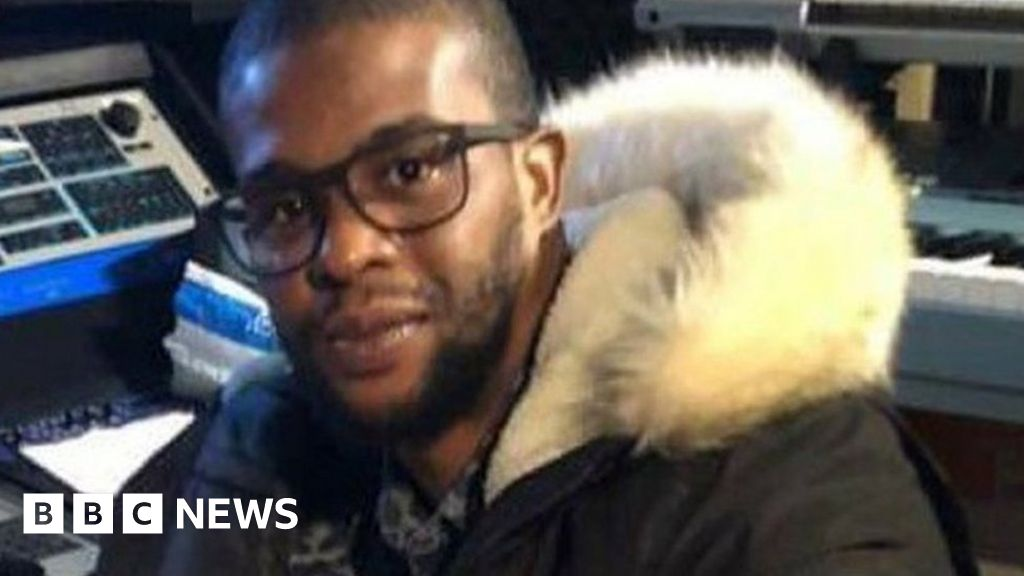 Train stabbing accused 'made death threat'