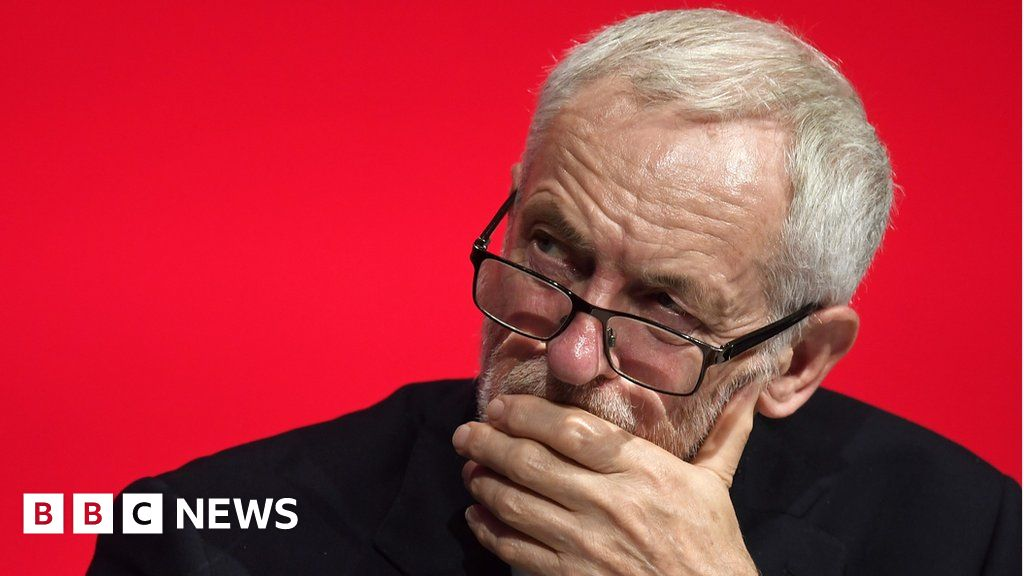 Corbyn 'would back members' on Brexit vote