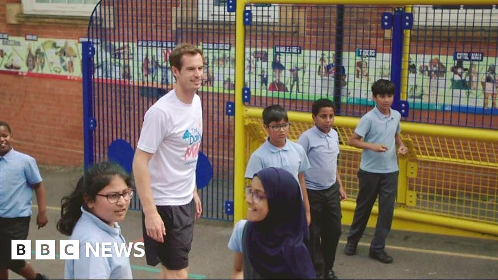 Andy Murray promotes The Daily Mile
