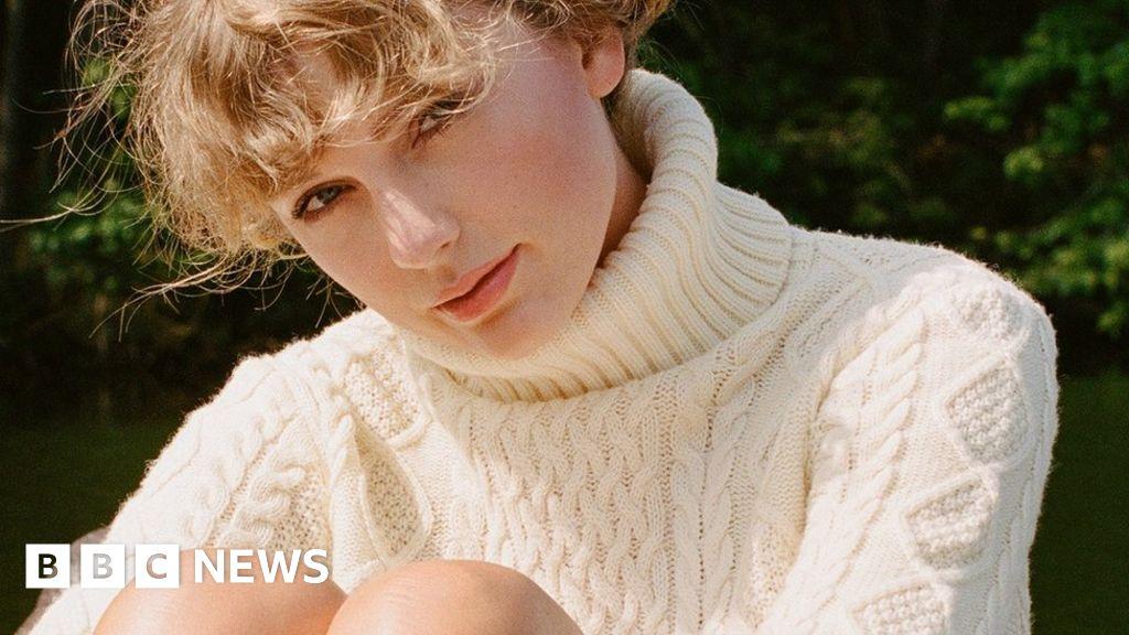 Taylor Swift Announces Second Surprise Album Of 2020 Bbc News