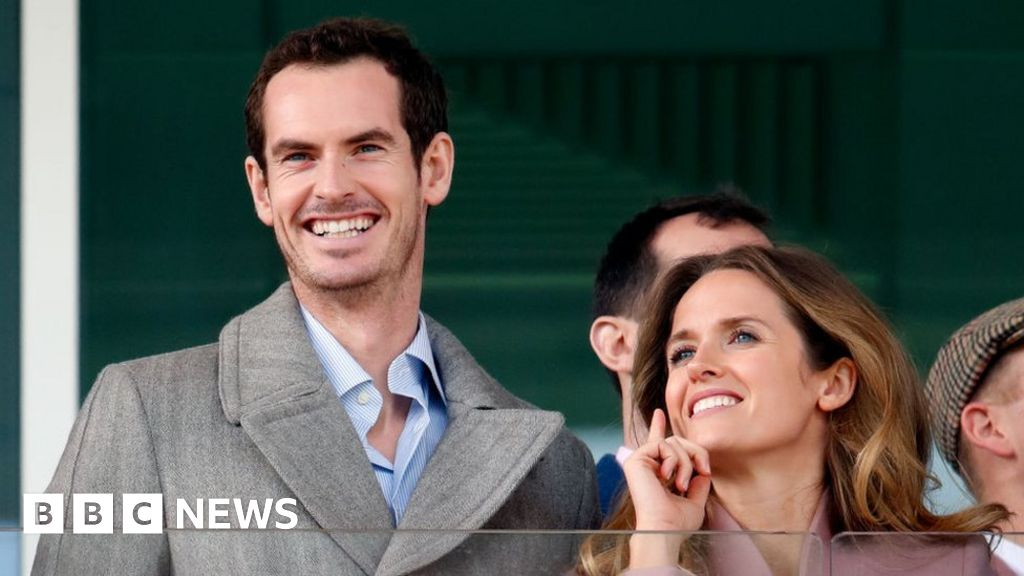 Andy Murray and wife Kim celebrate birth of third child