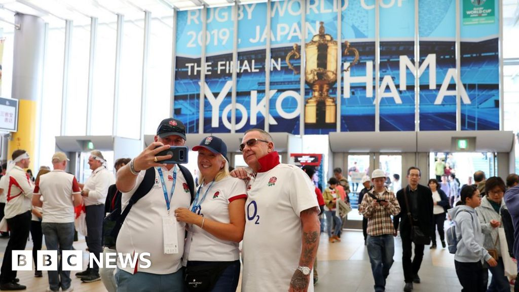 Rugby World Cup final: England fans gear up for South Africa clash