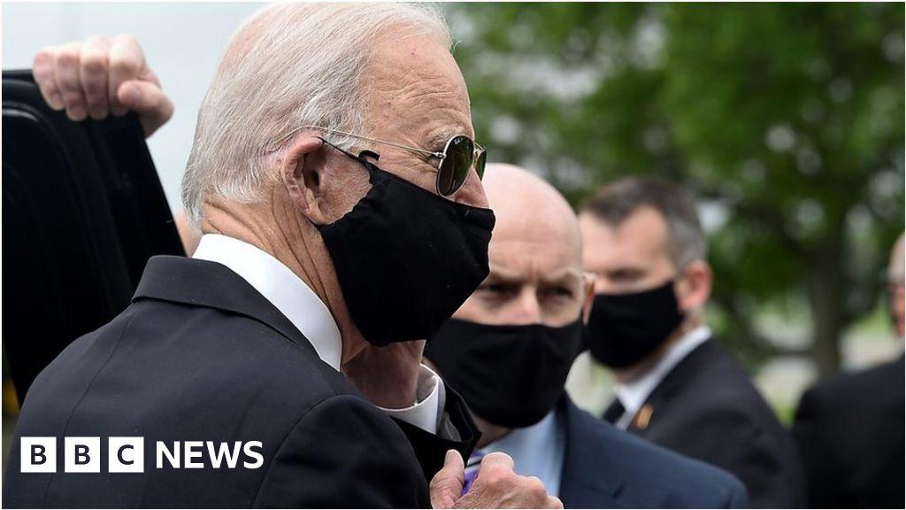 Trump and Biden trade barbs over wearing a mask thumbnail