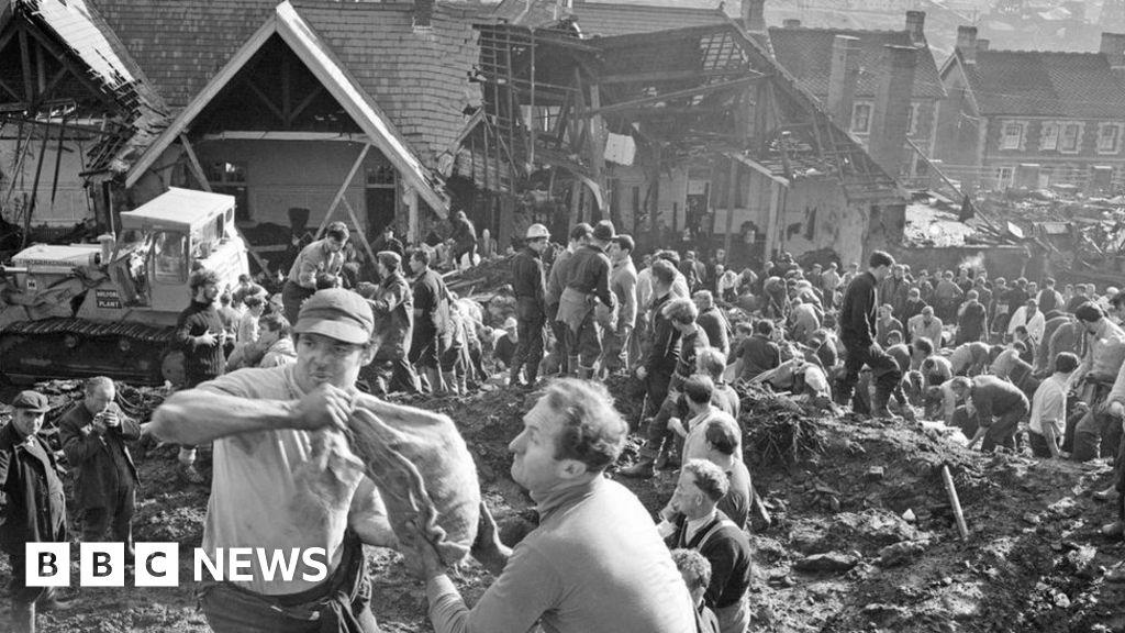 Aberfan disaster: Surviving schoolchildren s trauma 55 years on