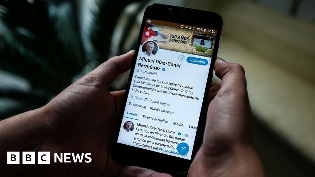 Twitter suspends government-run accounts in Cuba