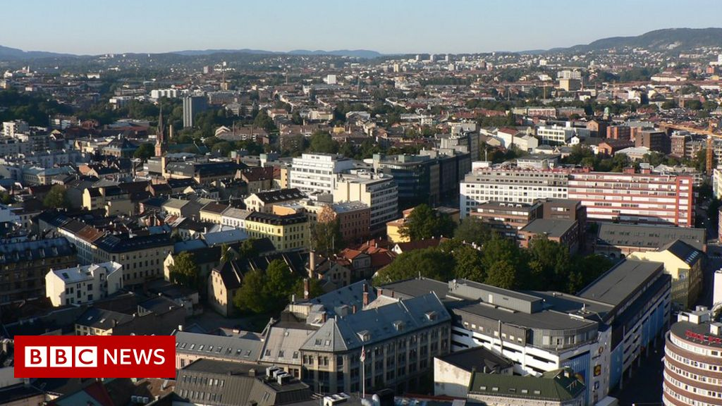 Norway death: Police ask how Oslo man's body lay in flat for nine years