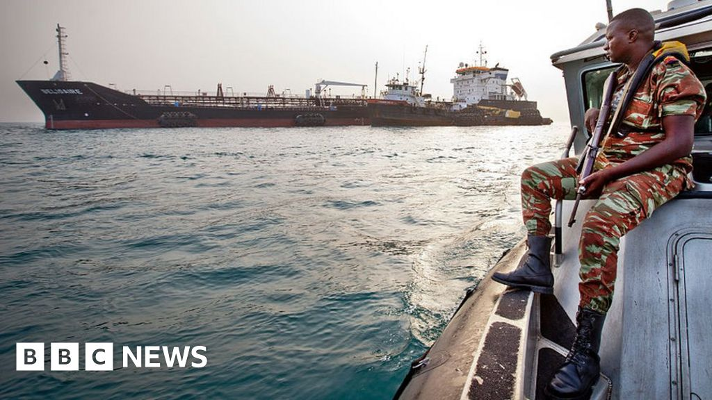 Pirates kidnap nine sailors from Norwegian ship