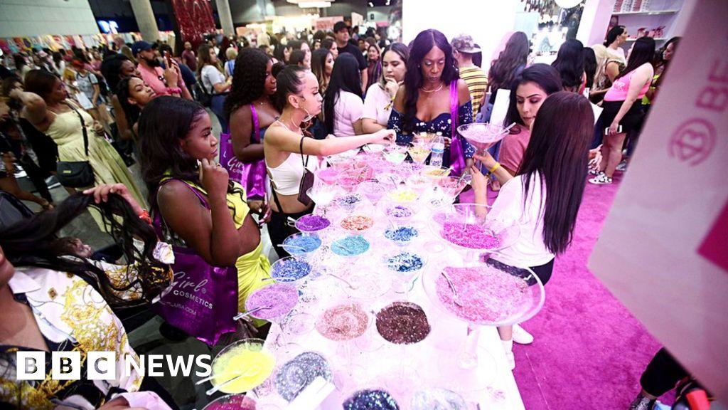 Beautycon, SneakerCon, VidCon: The new-age conventions