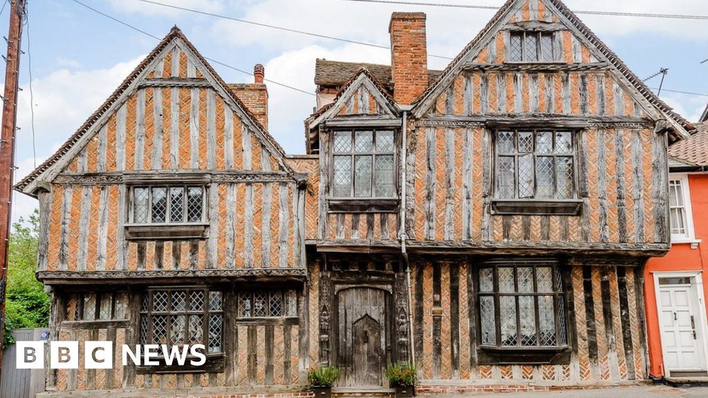 Harry Potter house awaits 'right buyer'