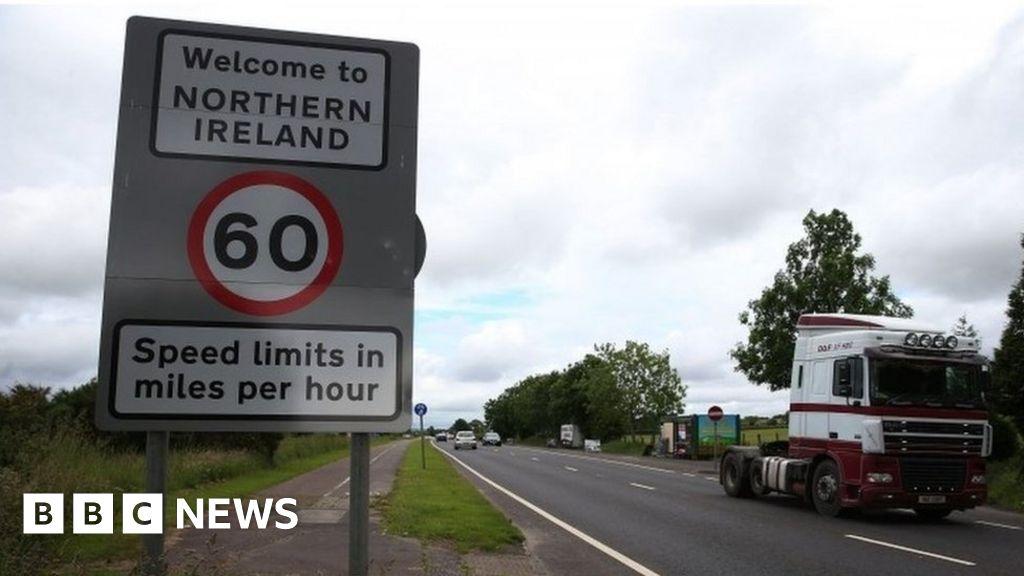 Boris Johnson: Irish border row being exploited to stop