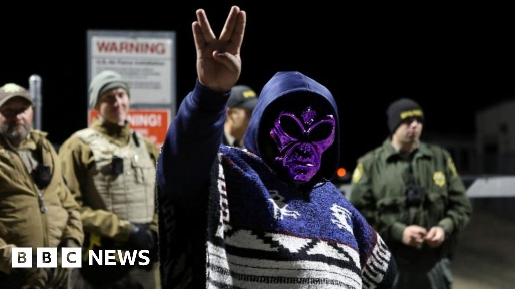 Area 51: Storming of secretive Nevada base to 'see aliens' fails to materialise