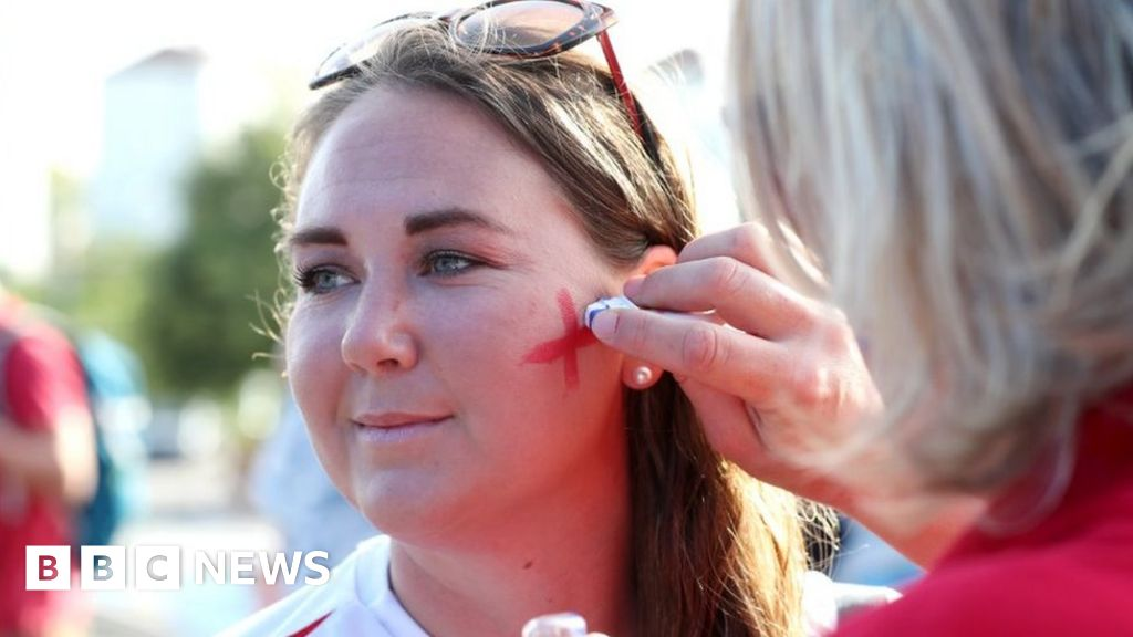FIFA Women's World Cup 2019: Lionesses fans plan for semi-final