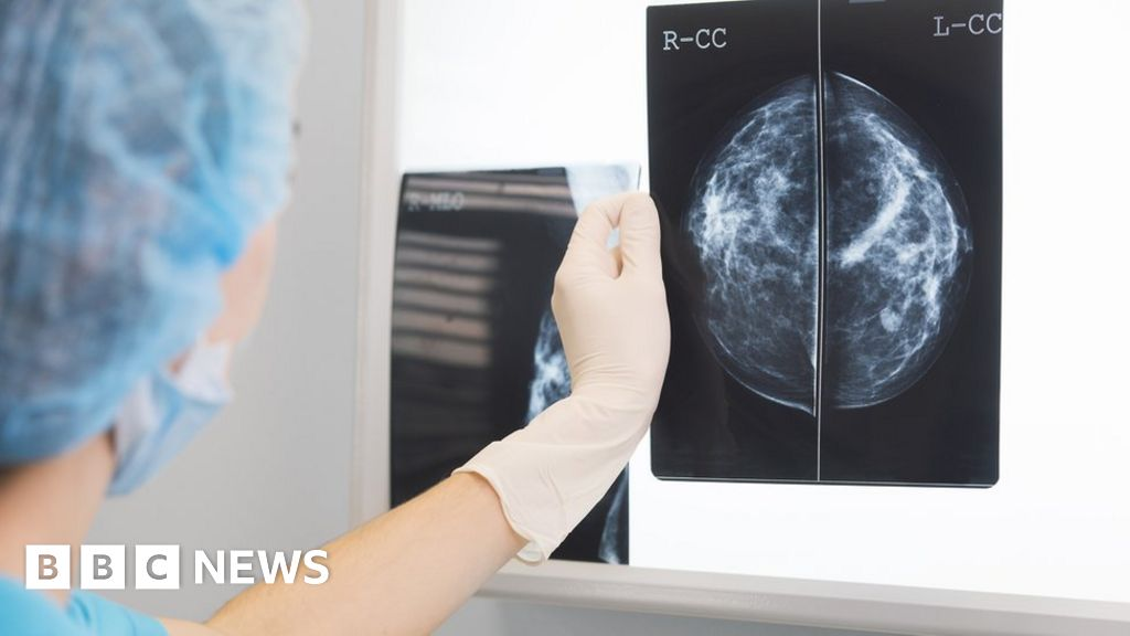 Cancer delays 'leave patients at risk' - BBC News