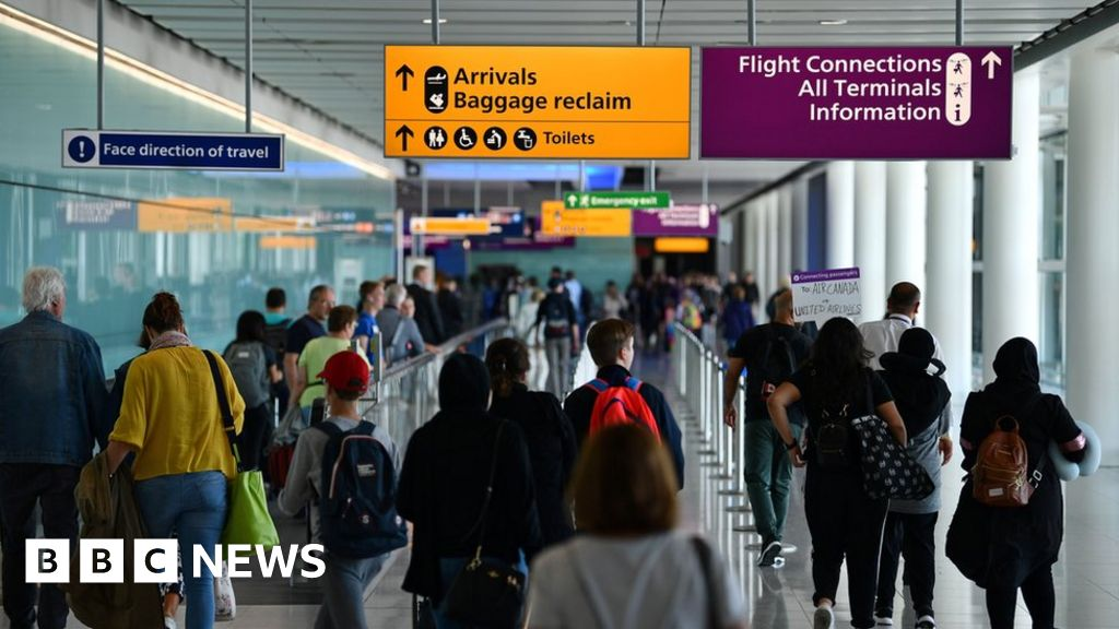 Social-distancing at airports is 'impossible', says Heathrow boss