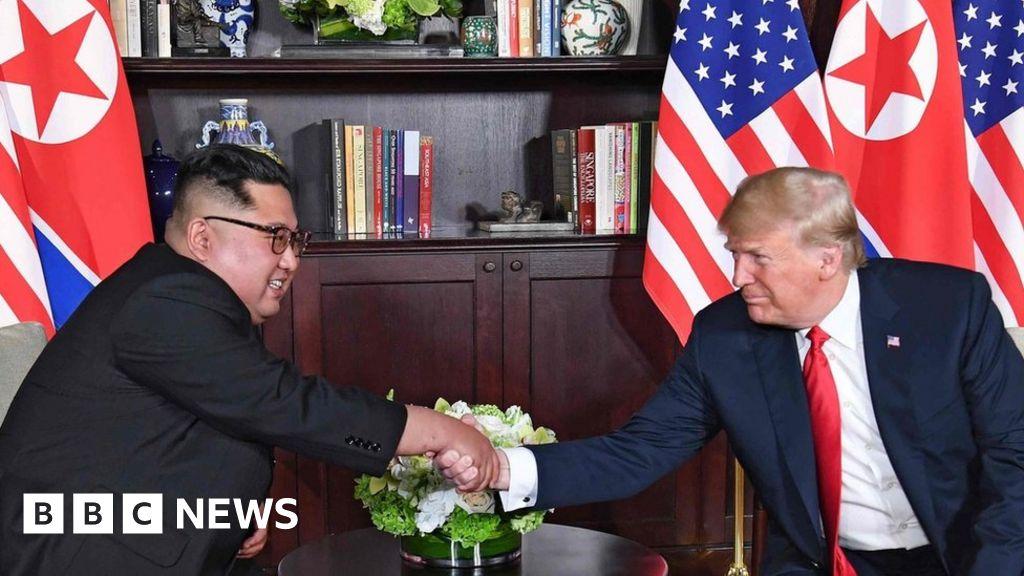 Trump and Kim USB fan raises cyber-security alert