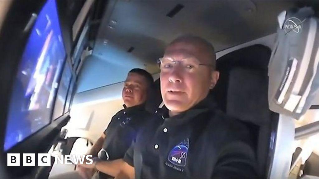 SpaceX Nasa Mission: cápsula de astronauta pronta para atracar com estação espacial