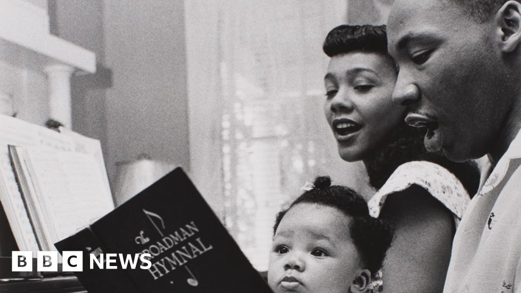 Moneta Sleet: The great black photographer you've never heard of