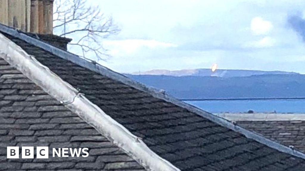Residents' anger over more Mossmorran flaring thumbnail