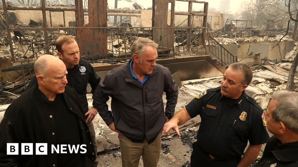California fire town needs 'total rebuild' thumbnail