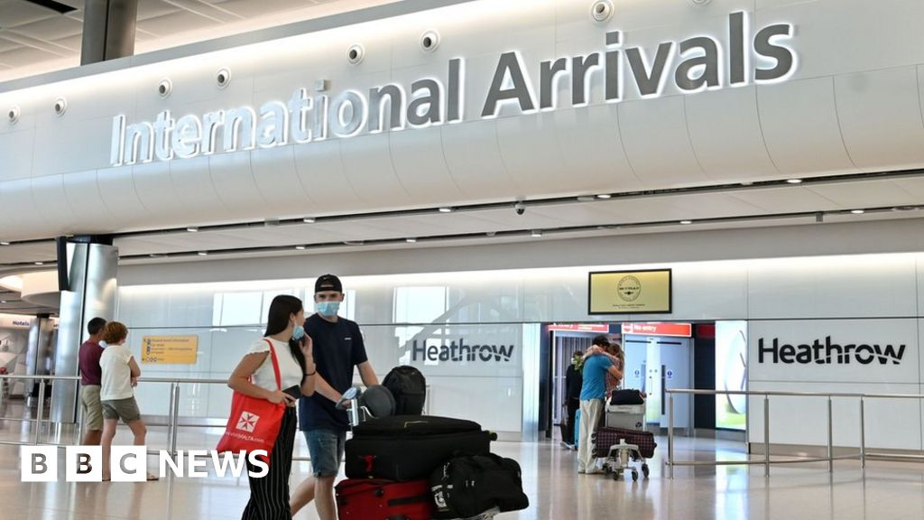 Coronavirus: Quarantine plans for UK arrivals unveiled