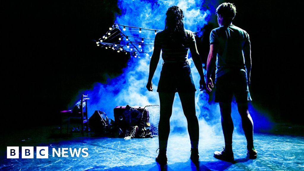 Coronavirus: Scottish theatres given £10m survival lifeline thumbnail