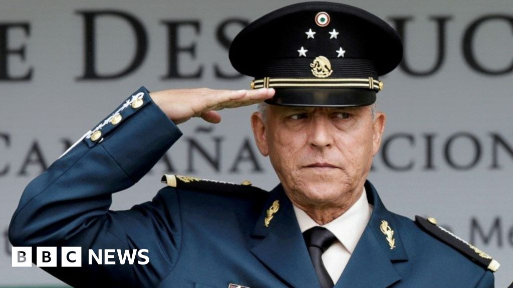 Salvador Cienfuegos: US drops charges against Mexican ex-minister