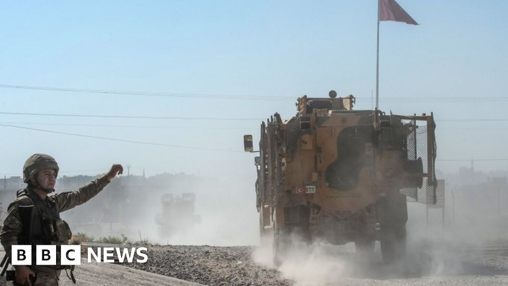 Heavy fighting as Turkey pushes into north Syria