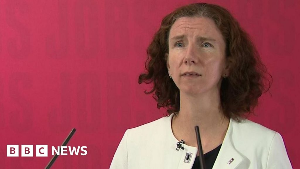Government 'has lockdown exit without a strategy'