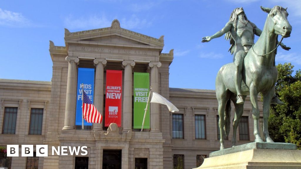 US museum sorry for racist 'no watermelons' remark