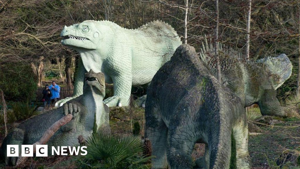 Dinosaur park added to 'at risk' register
