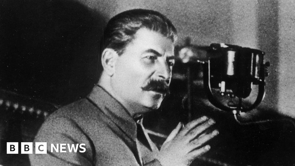 Trump's media attacks compared to Stalin