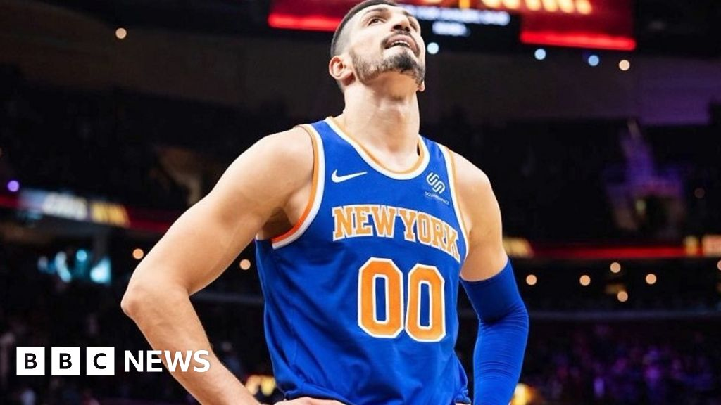 023cd2fb6e6 New York Knicks star Enes Kanter: Why I can't leave the USA - BBC News